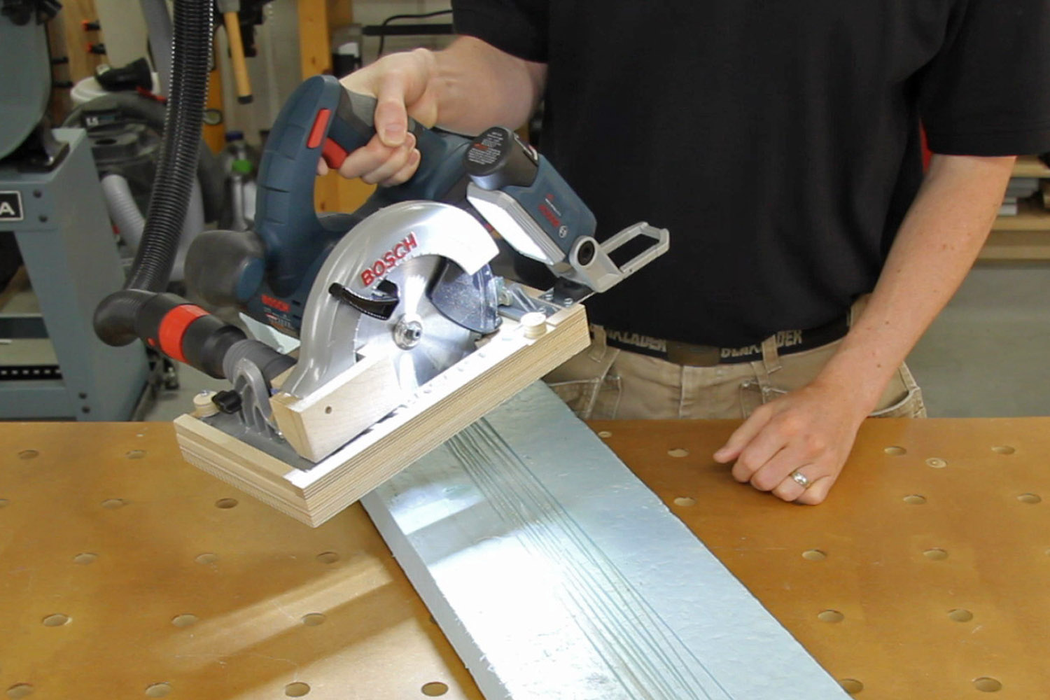 Circular saw ripping jig with saw & LED work light attached