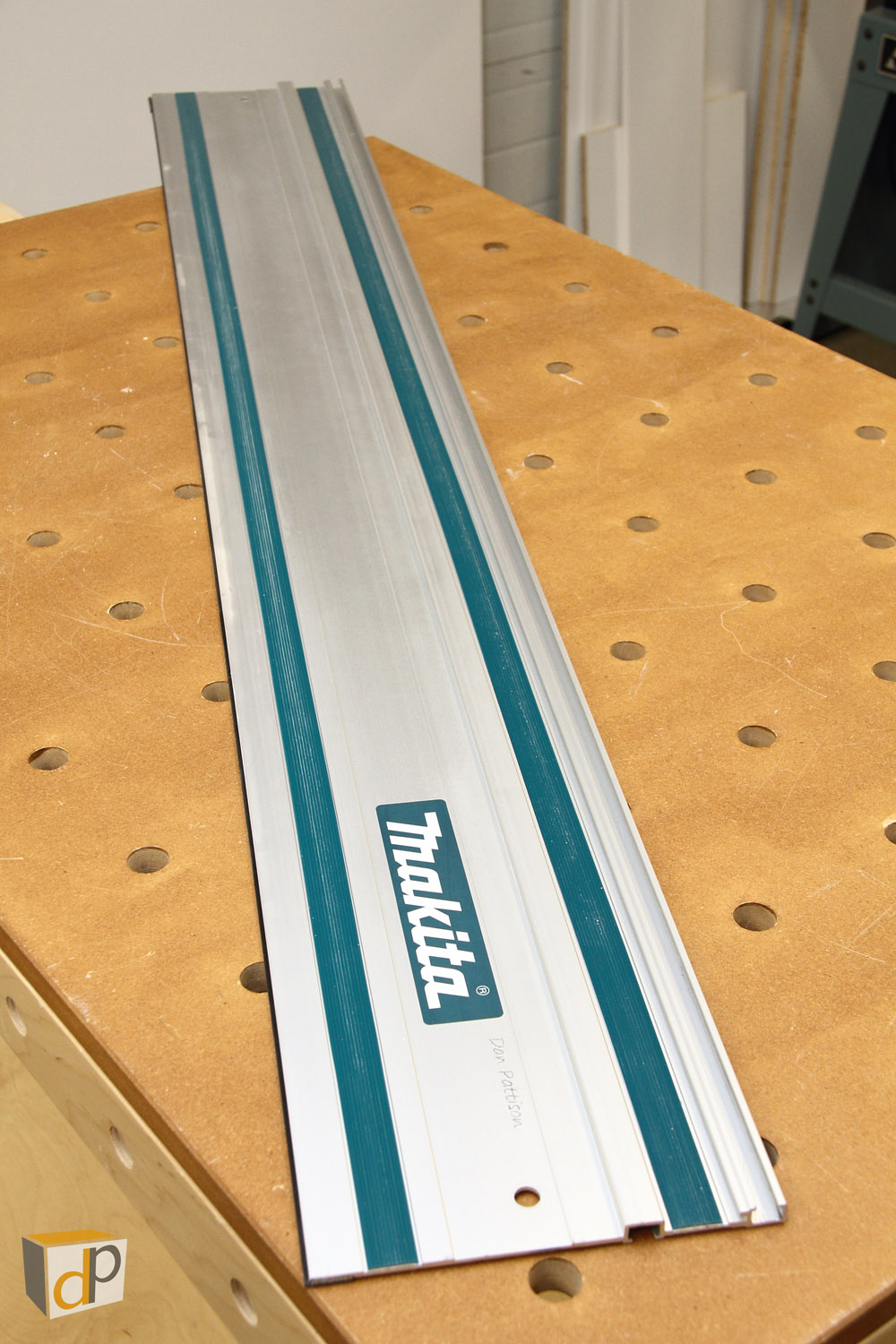 "Makita 55"" Guide Rail"