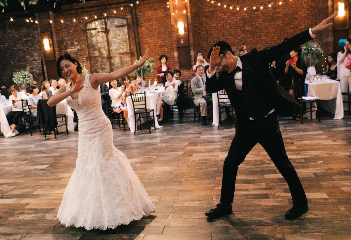 New York DJ at Brooklyn Wedding with Bride and Groom