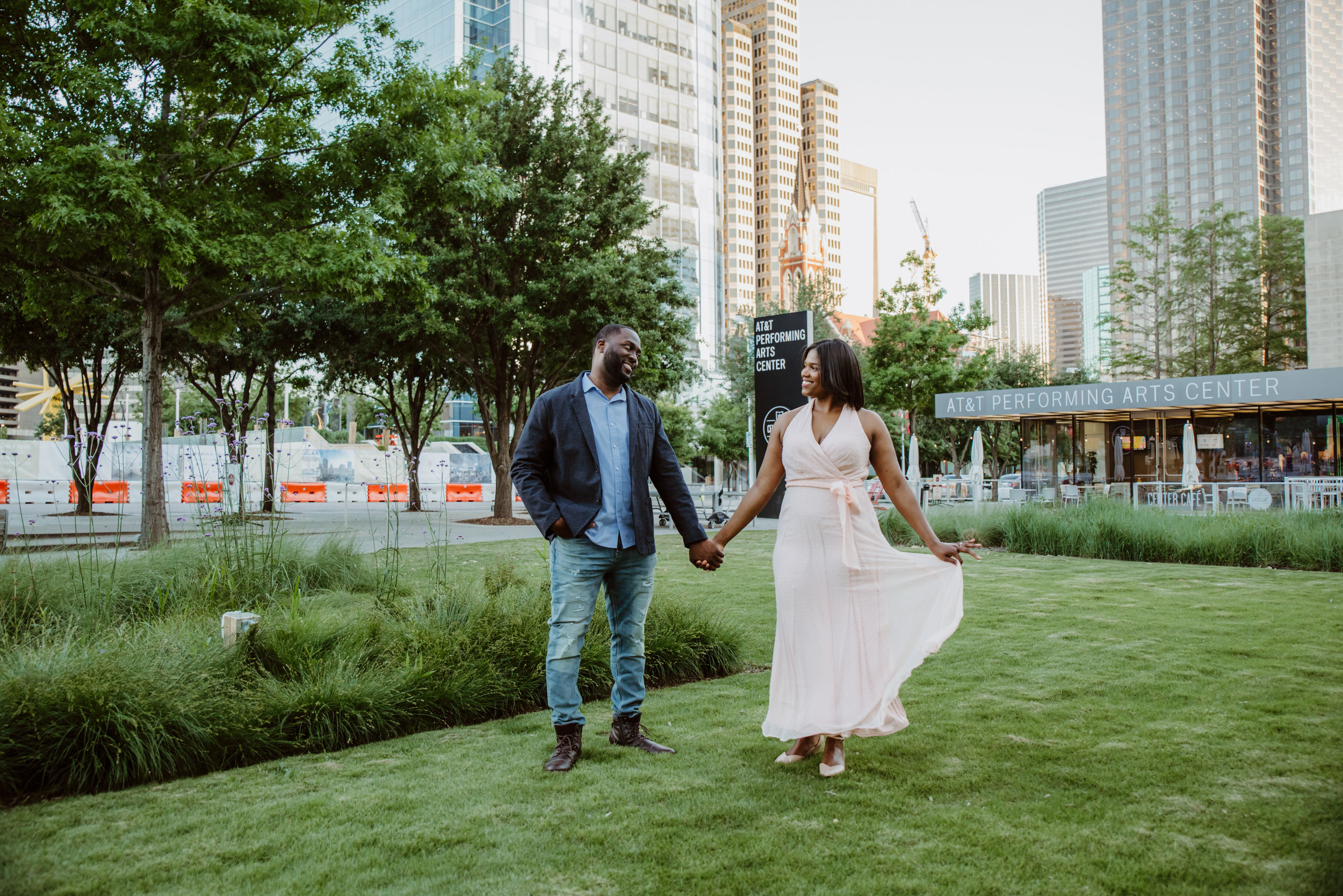 Dallas Arts District Engagement_160.jpg