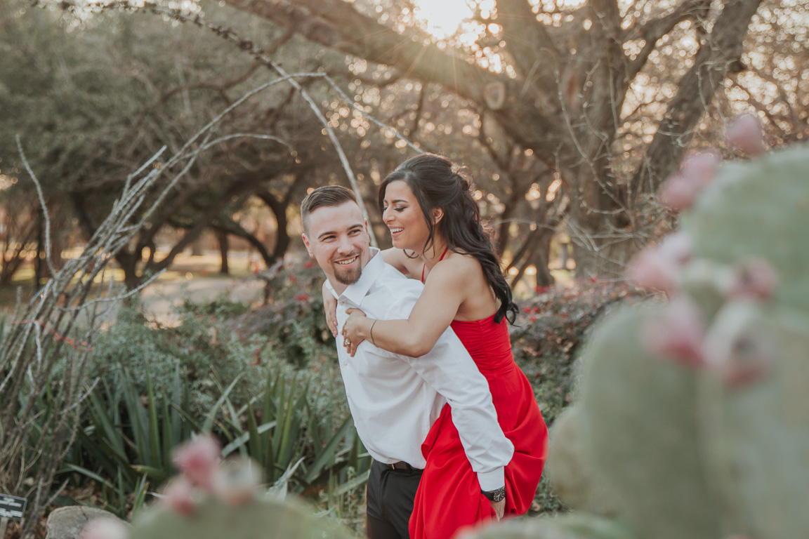 James and Josselyn's Fort Worth Botancial Gardens Engagement