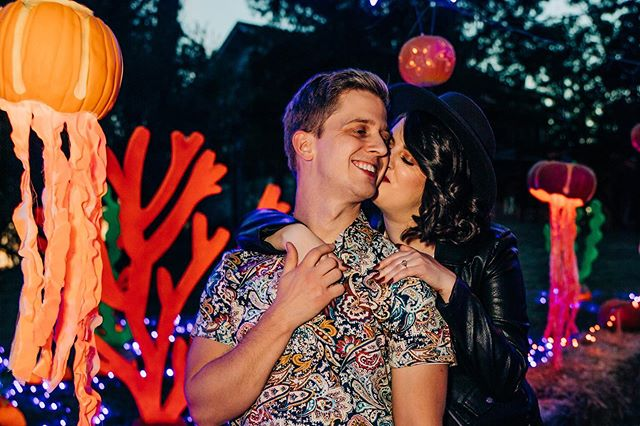 It's SPOOKY SEASON! Happy Halloween 🎃  H&MU: @makeupdesignsbyana . . . . . . . . . #destinationwedding #halloween #fortworthweddingphotographer #dallaswedding #dallasweddingphotographer #weddingphotography #dallasweddingphotography #dallasweddingphotographer #arlingtontexas #texaswedding #texas #travelingphotographer #shesaidyes #trinitypark #downtownfortworth #fortworthweddings #fortworthphotographer #fortworthphotography #ftworthwedding #ftworthphotographer #dfwweddings #dfwphotographer #dweddings #texasweddingphotographer #texasstatefair #fortworth #sandiegowedding #californiaelopement #sandiegophotographer