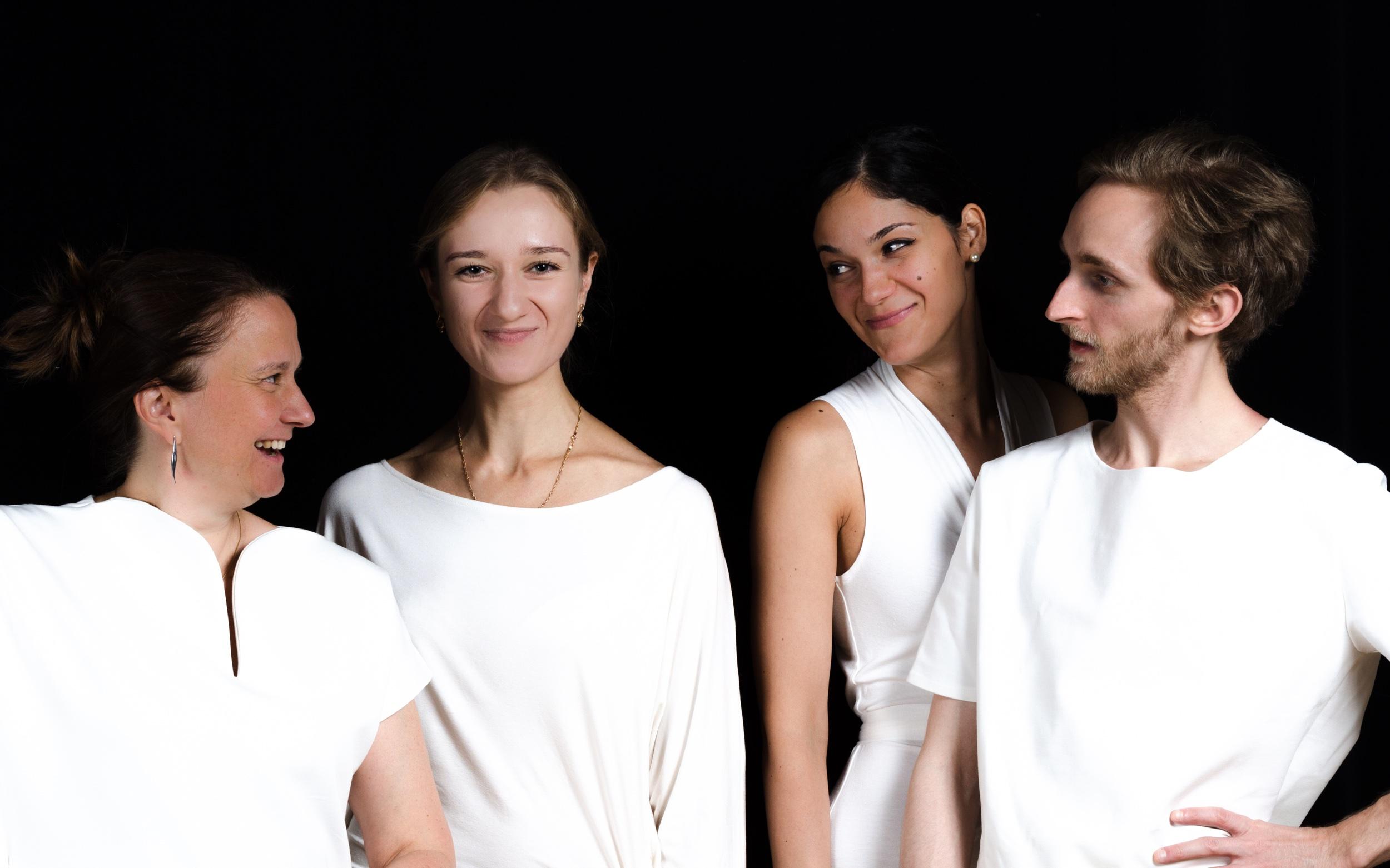 With  Ensemble gamma.ut   Photo credits:  Thomas Klebel   Costumes:  Ardea Luh