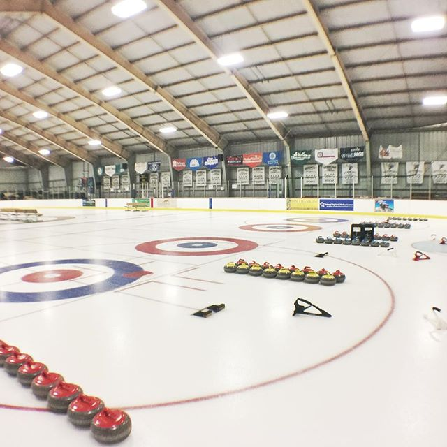 The ice is ready for all the #vermont curlers at the 5th annual VERspiel @ #rutlandrockscurlingclub #rutvt.