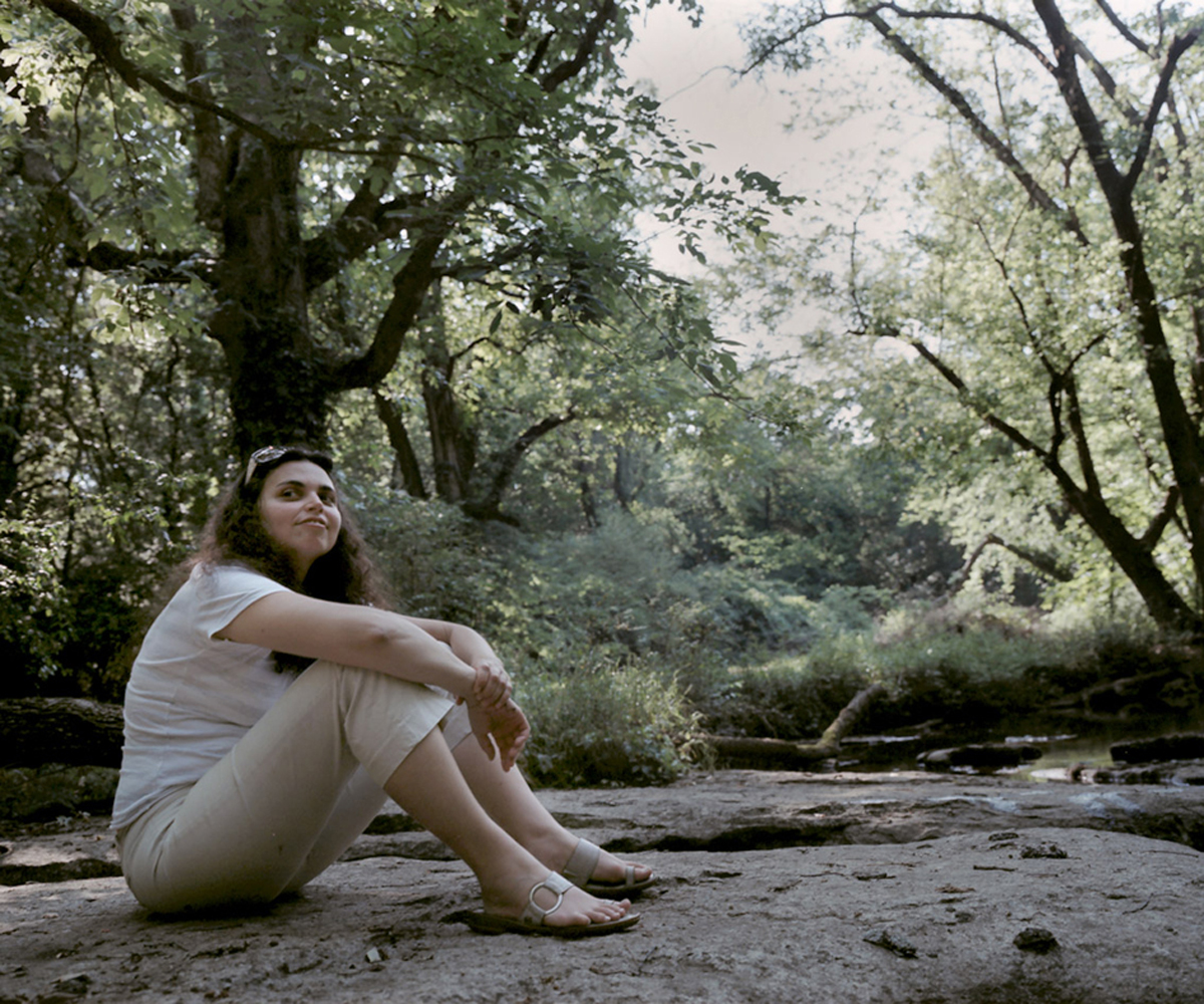 Elle at Creek.jpg