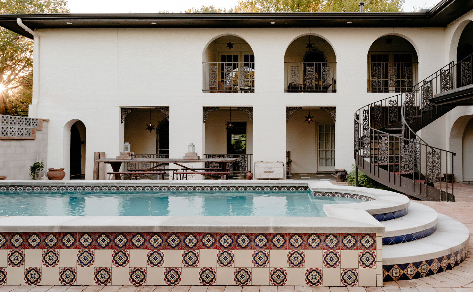 McCray&Co_Casa-Cartel_Courtyard-2.jpg
