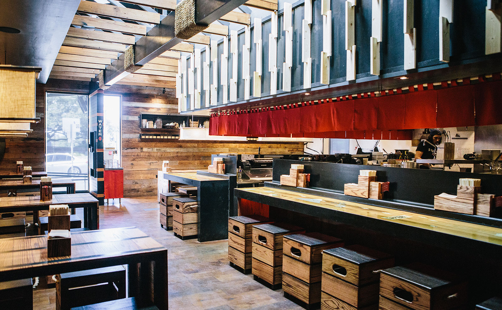 McCray&Co_RTY-East-Austin_CP_Dining-4.jpg