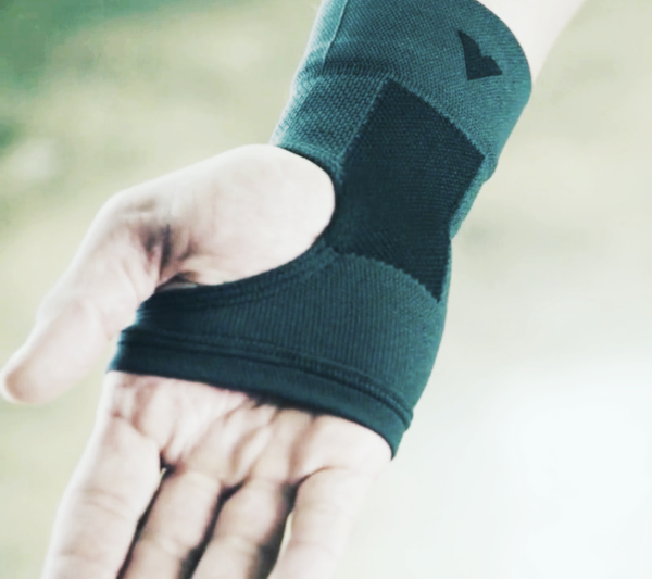 VANTELIN wrist brace shown