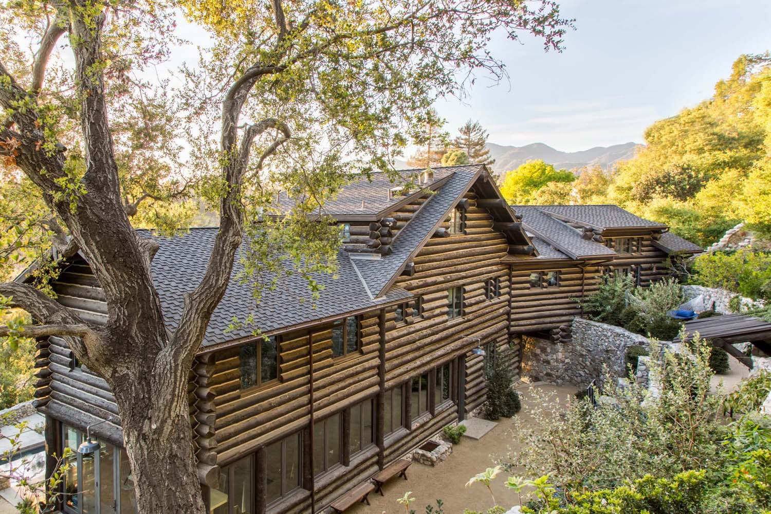 The Butler home in Rustic Canyon.  Consturction by Eric Dobkin, interior design by Lisa Strong.