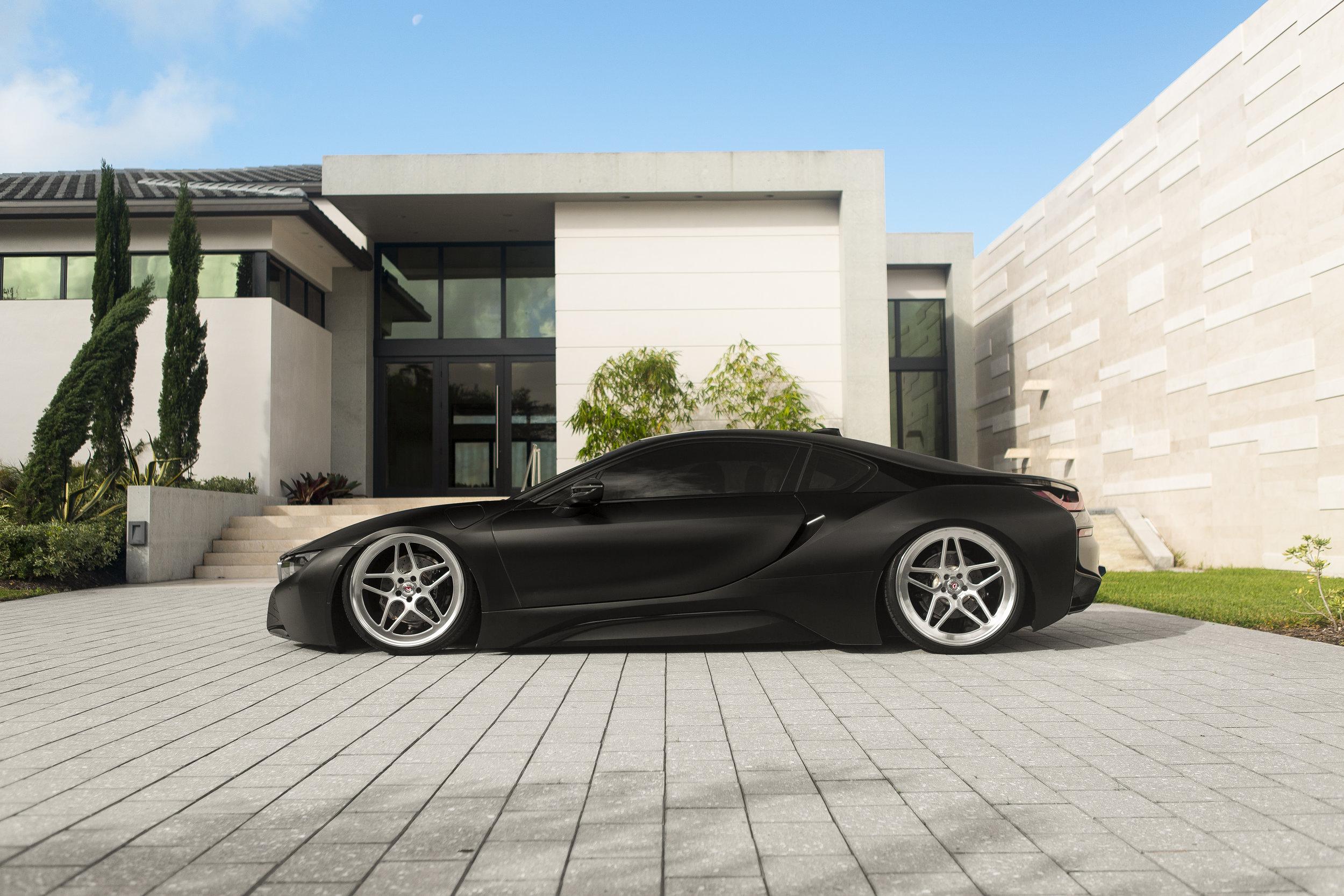 BMW i8 - Vossen Forged - LC-104 - © Vossen Wheels 2016 - 1011-Edit.jpg
