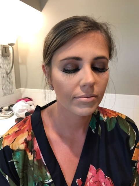 Bridesmaid 1: Navy and copper combo on her eye = I was in love!