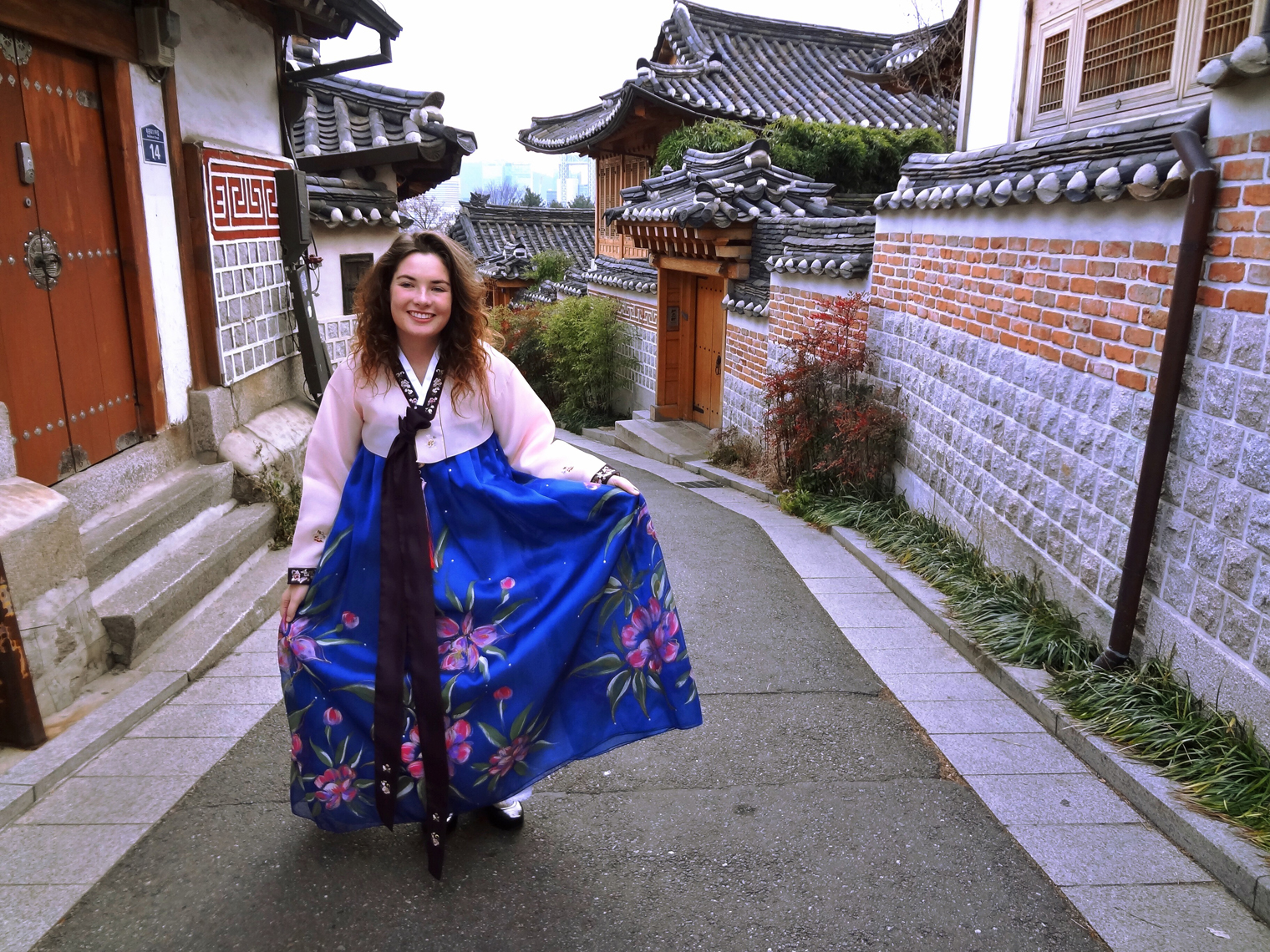 Senior international relations major Nora McKenna studied abroad in South Korea last semester for a total of four months. During her time in Seoul, South Korea she noted the different teaching approaches as well as the prominence of Internet culture.