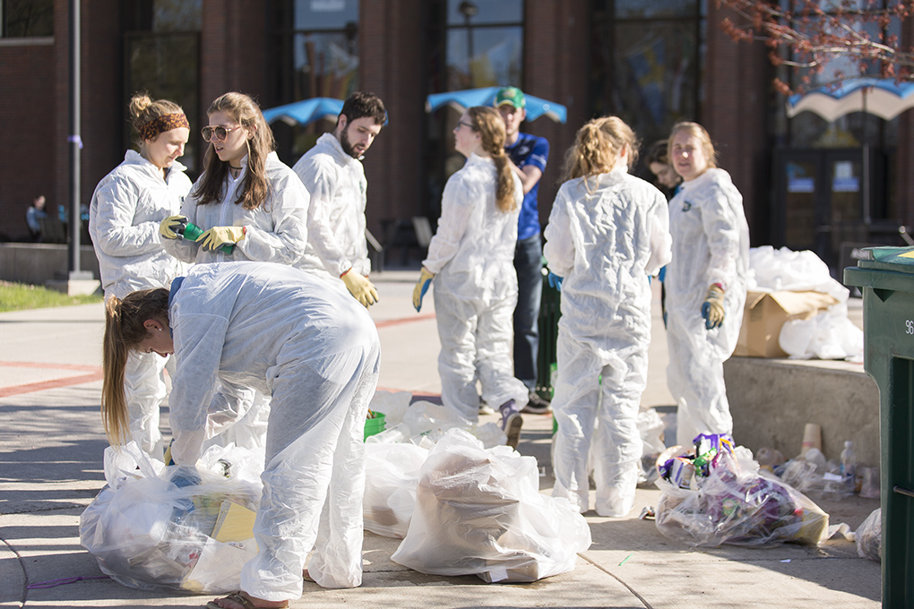 Geneseo Environmental Organization hosted their annual Earth Week, promoting ecological consciousness and sustainable practices. At the Dumpster Dive, students sorted through garbage to see how much recycled waste they could salvage from the trash. (Annalee Bainnson/Assoc. Photo Editor)
