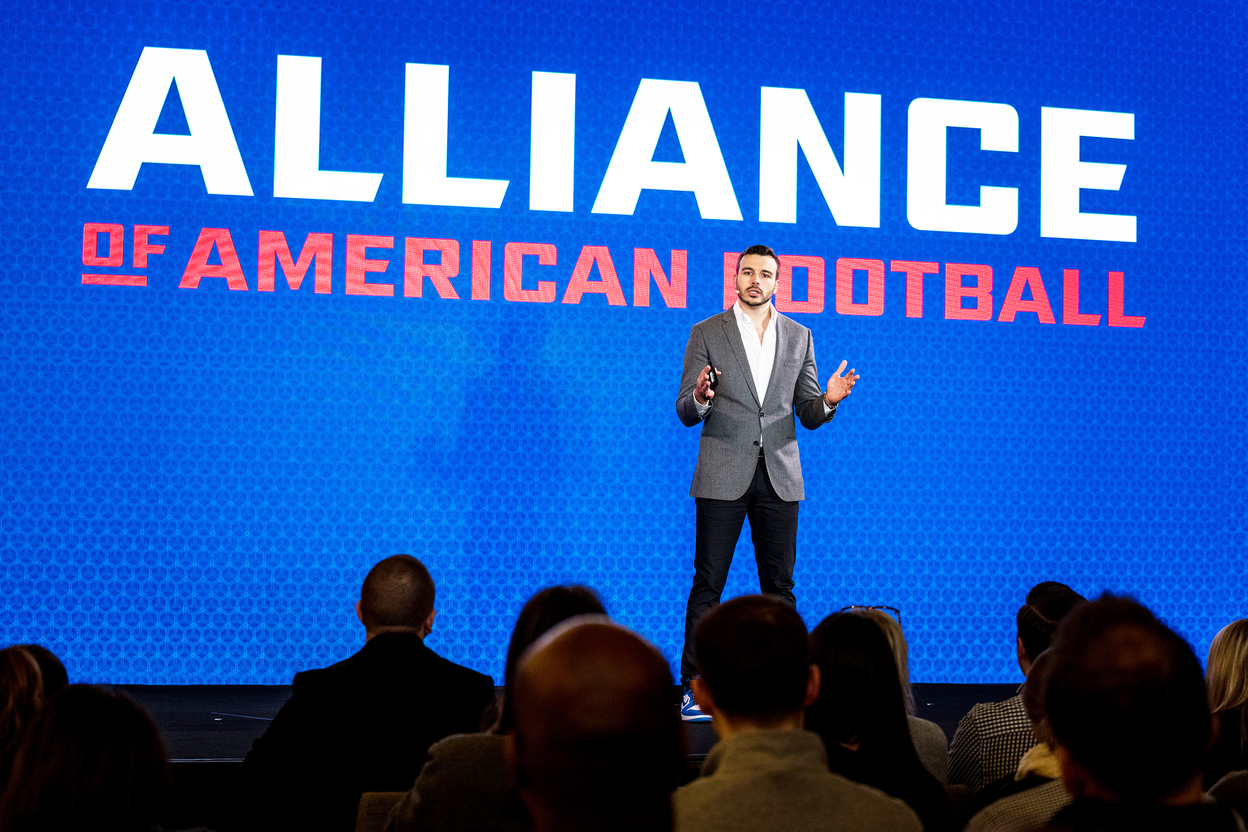 Alliance of American Football founder Charlie Ebersol addresses his audience at a conference to discuss the new league in March 2018. Ebersol is a member of the league's leadership board along with other well-known names like former NFL general manager Bill Polian (courtesy of Creative Commons).