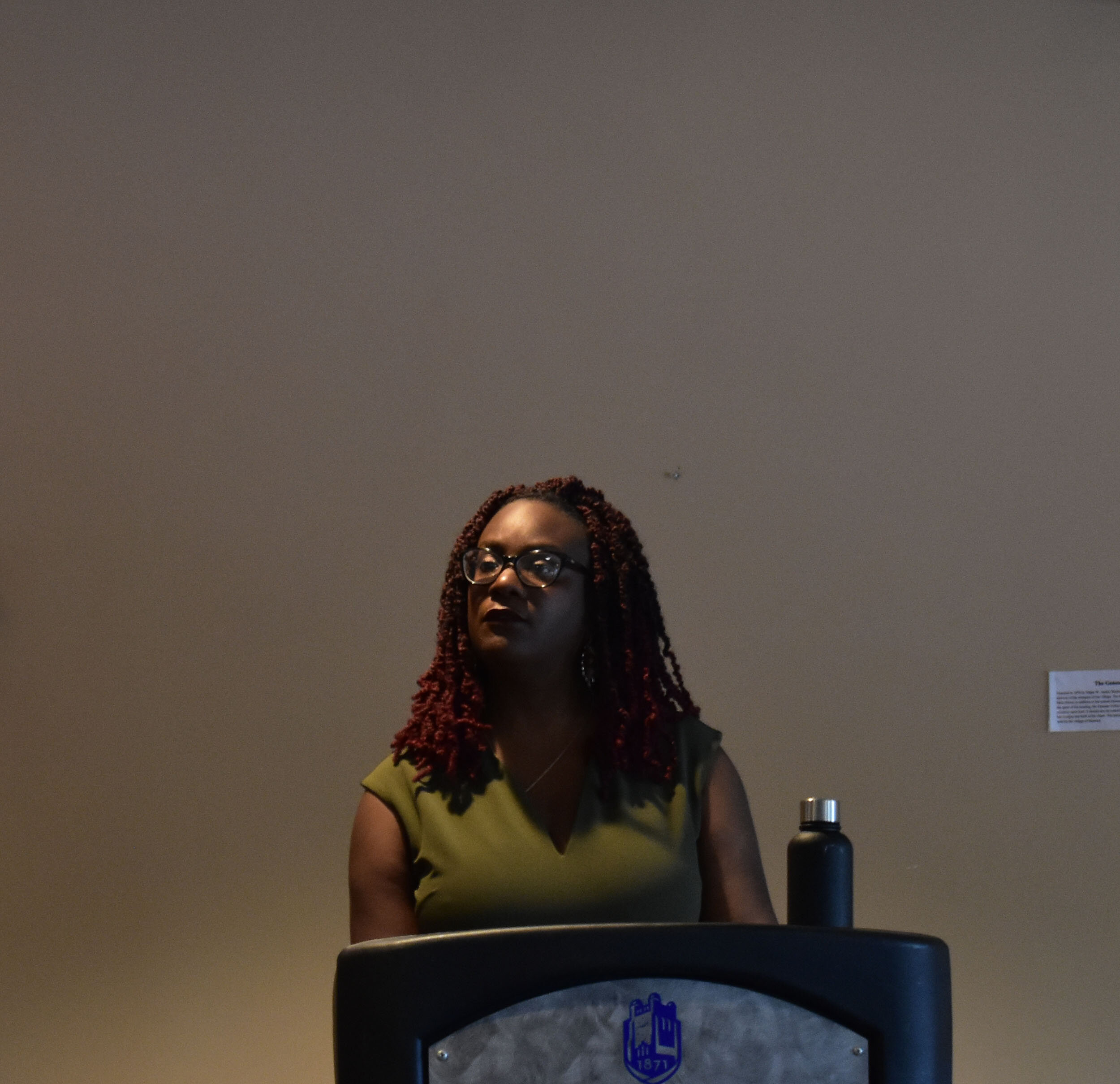 Alumna Aisha K. O'Mally '01 discussed her experience as a student at Geneseo during the All-College Hour lecture series on Wednesday Oct. 2. During her junior year, she encountered severe health problems that have since taught her to both appreciate and find meaning in life (Xavier Delcid/photo editor).
