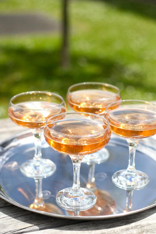 Champagne-hour_03.jpg