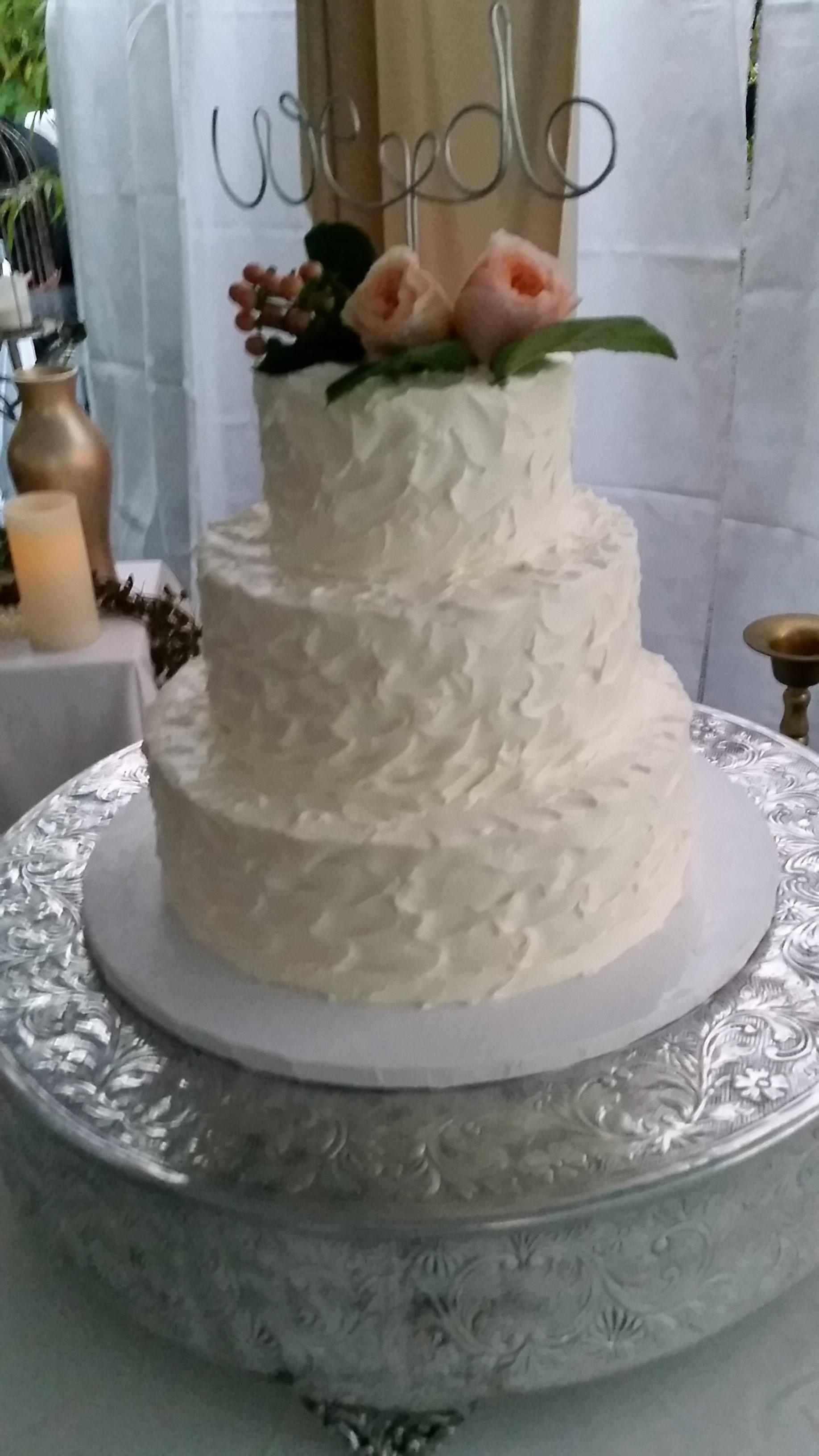 Chameleon Event & Wedding Cakes