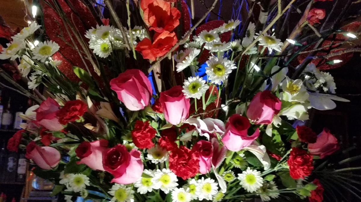 Chameleon valanetines bouquet.jpg