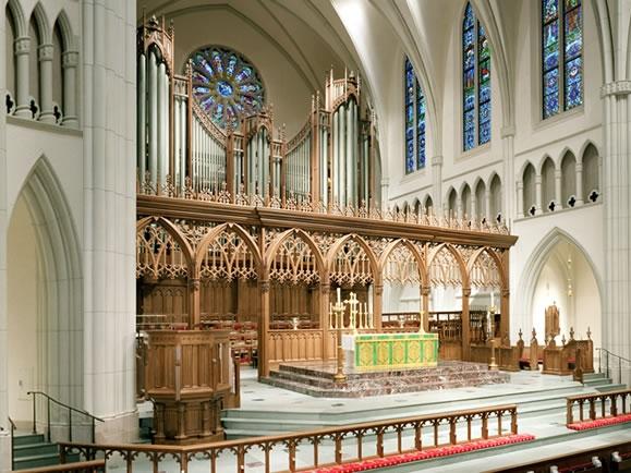 St-Martins-Episcopal-Ch-Houston-TX.jpg