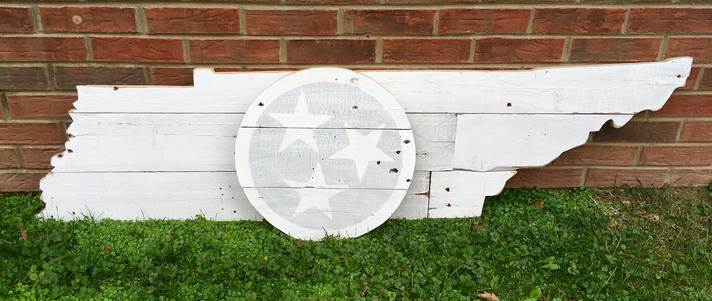 5 Foot TN with Tri Star cutout on top