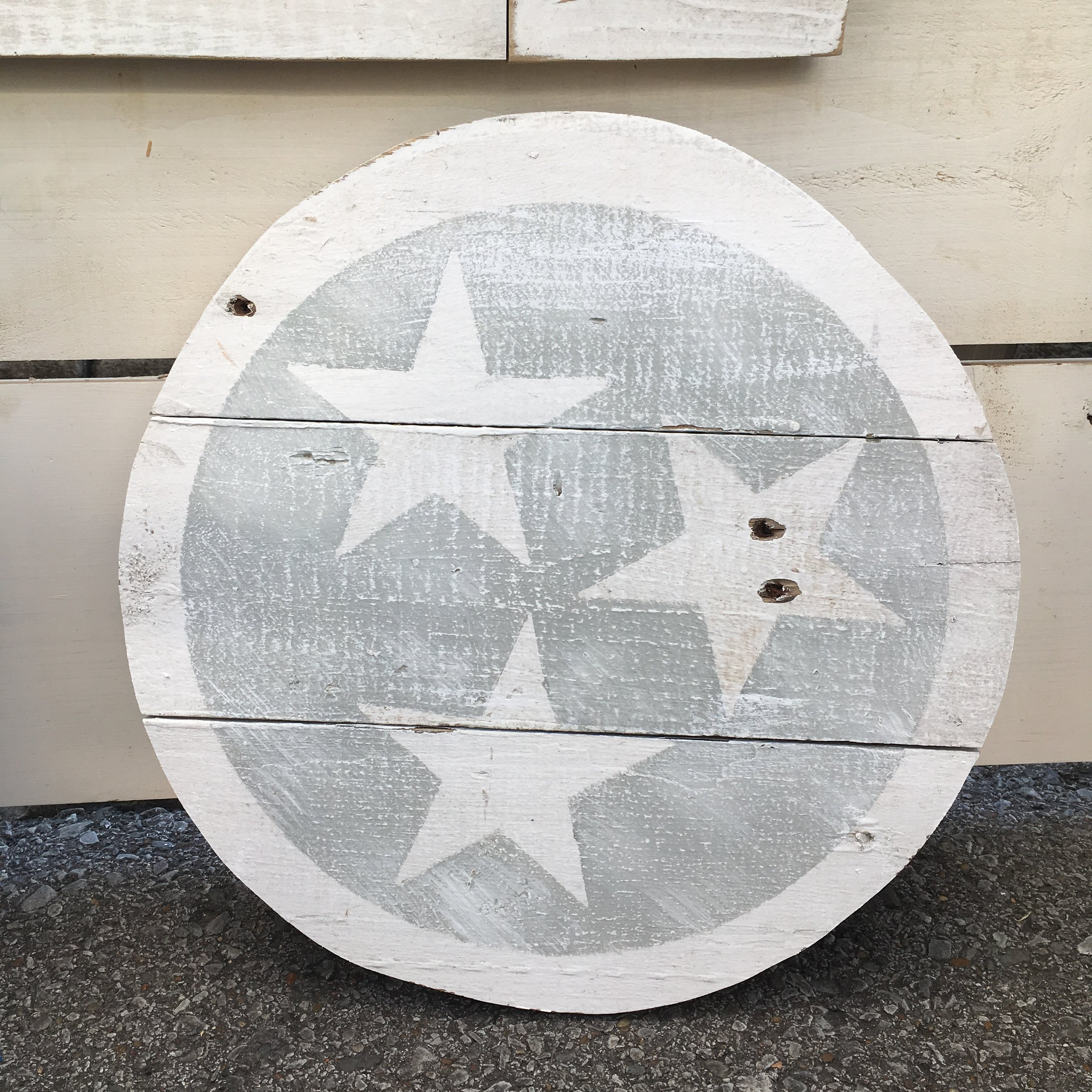 """16"""" Tri Star Cut out, available in Gray or Navy"""