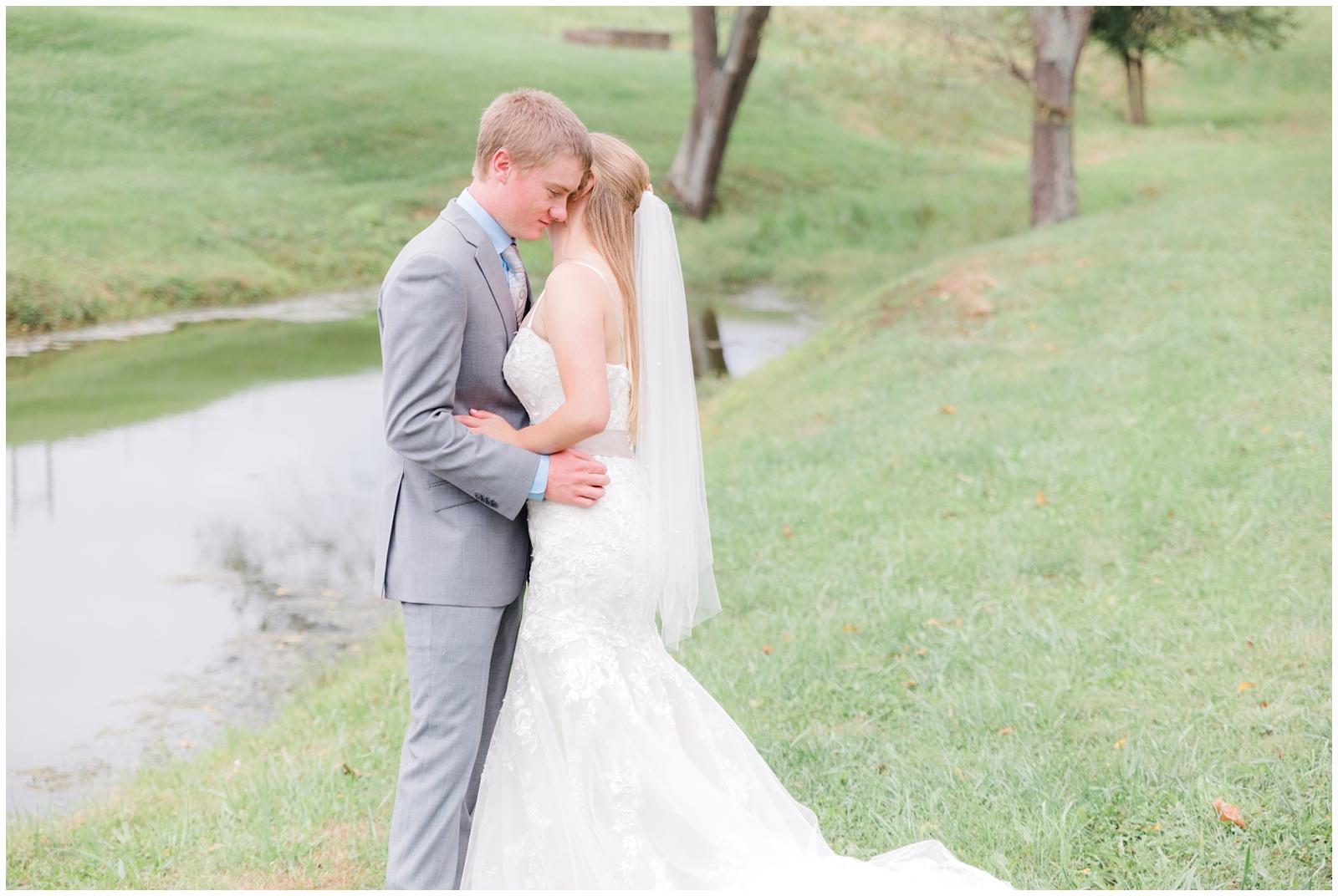 marietta-ohio-fall-wedding-LRA-Photo_0024.jpg