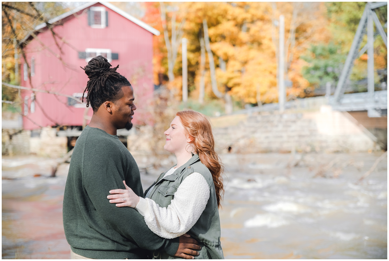 lauren-and-marquise-columbus-engagement-session-LRA-Photo_0004.jpg