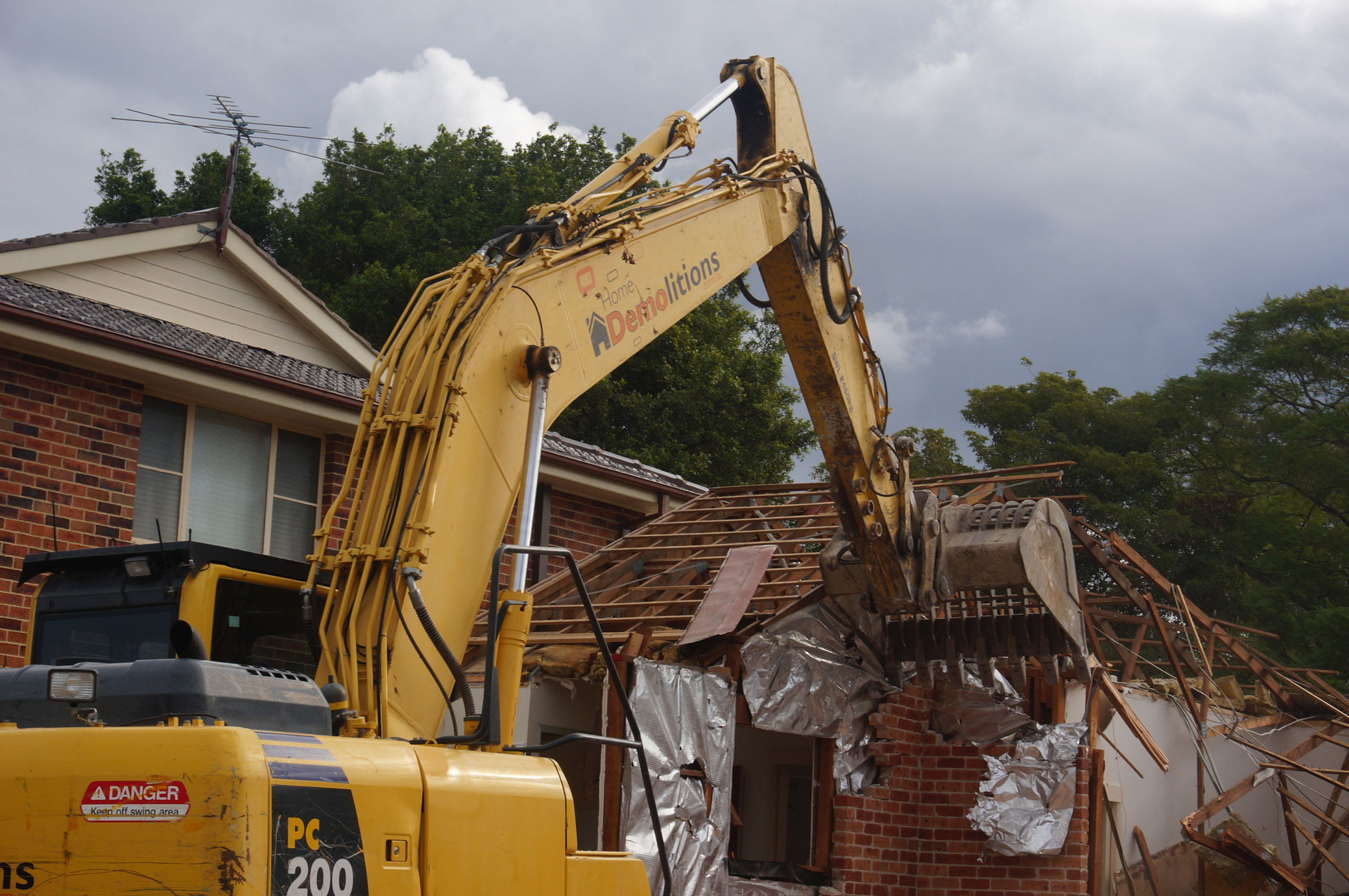 demolishing wall of brick home in West Ryde.jpg