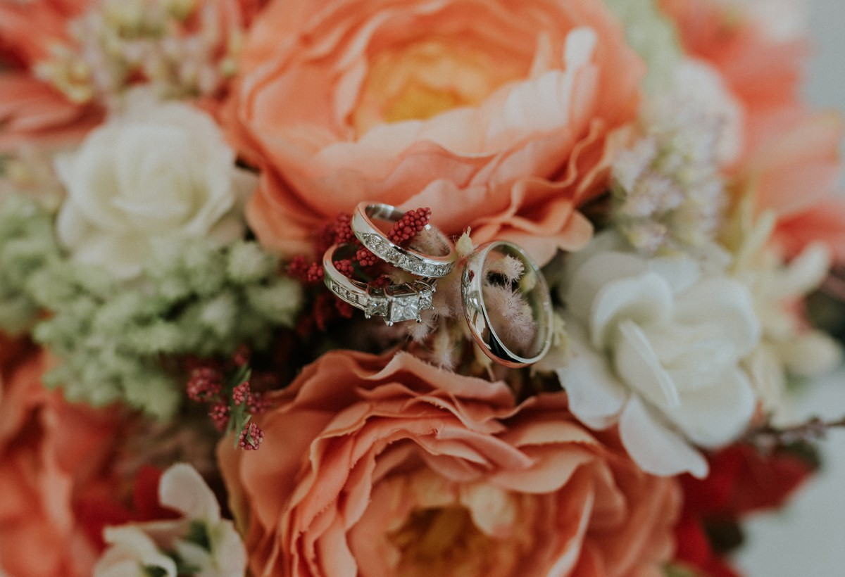 amber-and-brandon-wilmington-ohio-wedding_0045.jpg