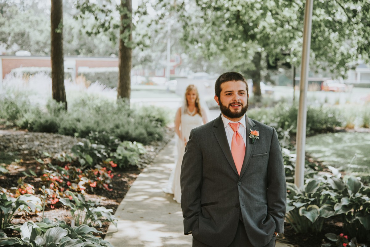 amber-and-brandon-wilmington-ohio-wedding_0009.jpg