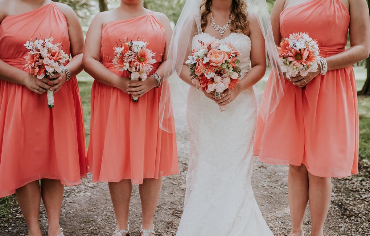 amber-and-brandon-wilmington-ohio-wedding_0056.jpg