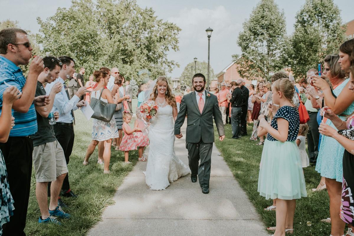 amber-and-brandon-wilmington-ohio-wedding_0062.jpg