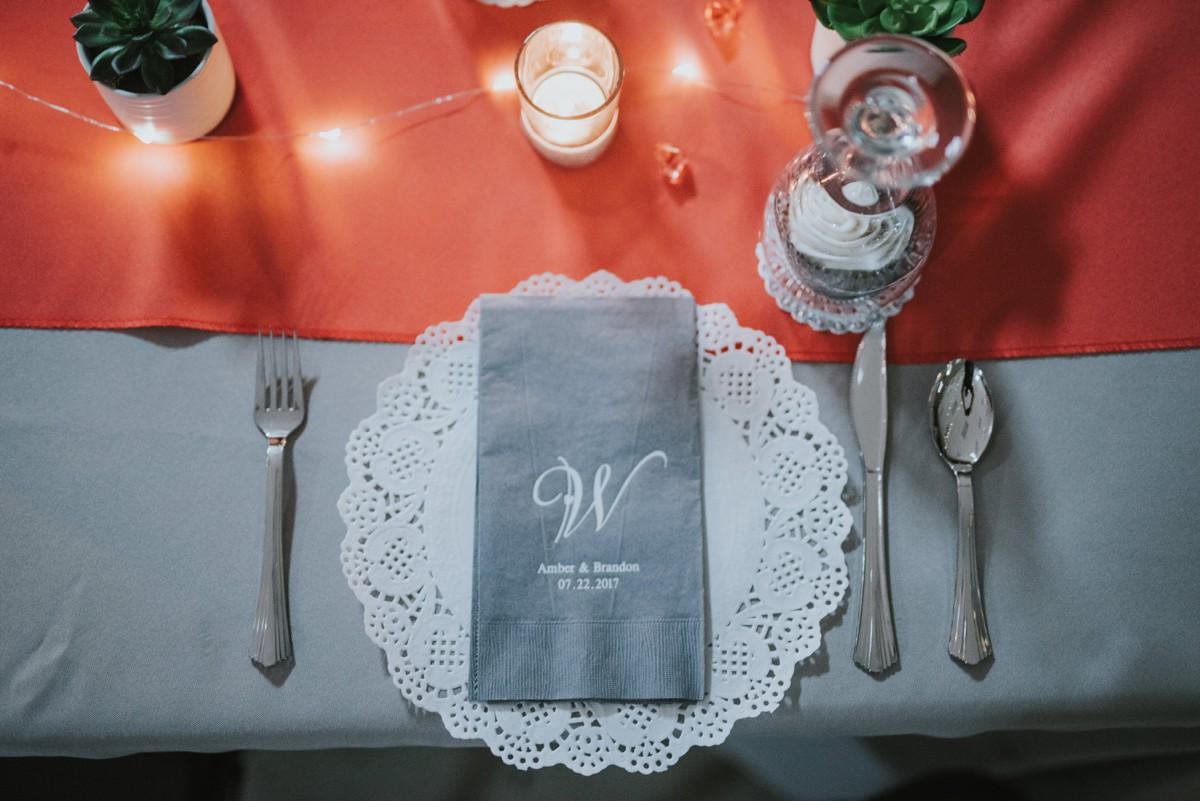 amber-and-brandon-wilmington-ohio-wedding_0025.jpg