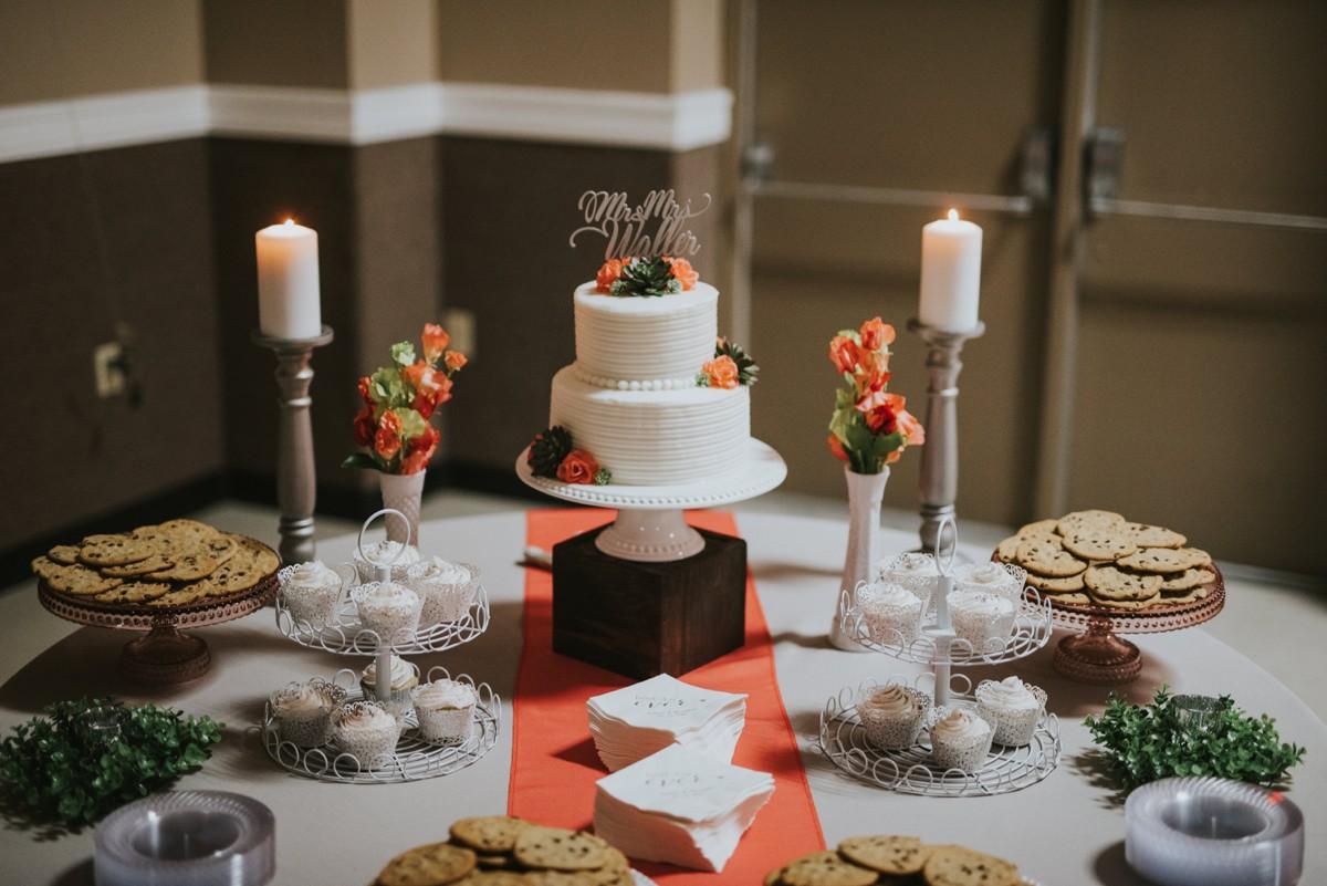 amber-and-brandon-wilmington-ohio-wedding_0027.jpg