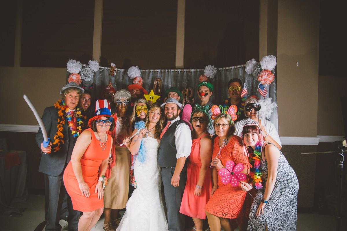 amber-and-brandon-wilmington-ohio-wedding_0035.jpg