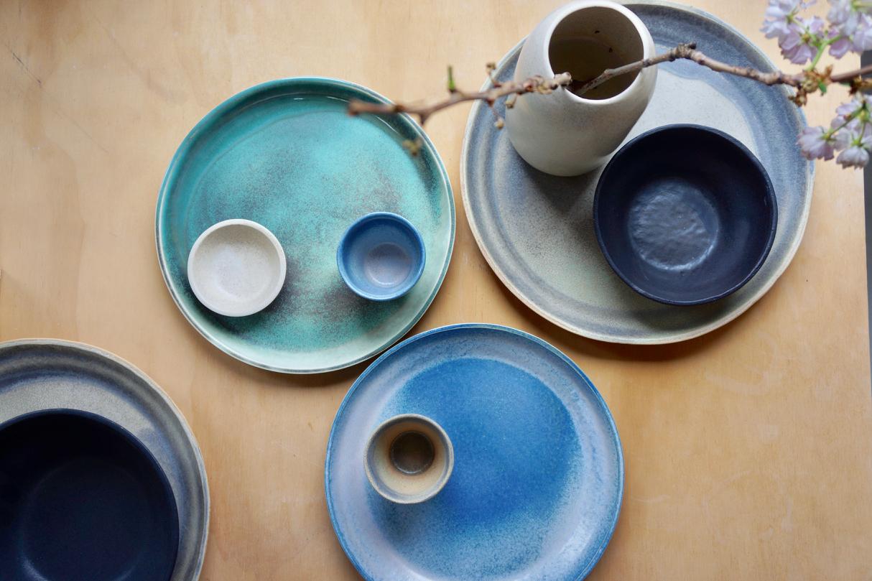 デンマークの陶器のクラフトマンOh Oakのクラフトプロダクト