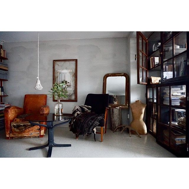 @slow_design always focus on WABI SABI.  #北欧 #ノルウェー  #侘び寂び #インテリア #アート #コミュニティ #デザイン #aquietday #scandinavia #nordic #norway #wabisabi #design #interior #北欧インテリア #decor #dekor #vintage #vsco #vscocam #生活 #暮らし #life #lifestyle #slow #slowlife