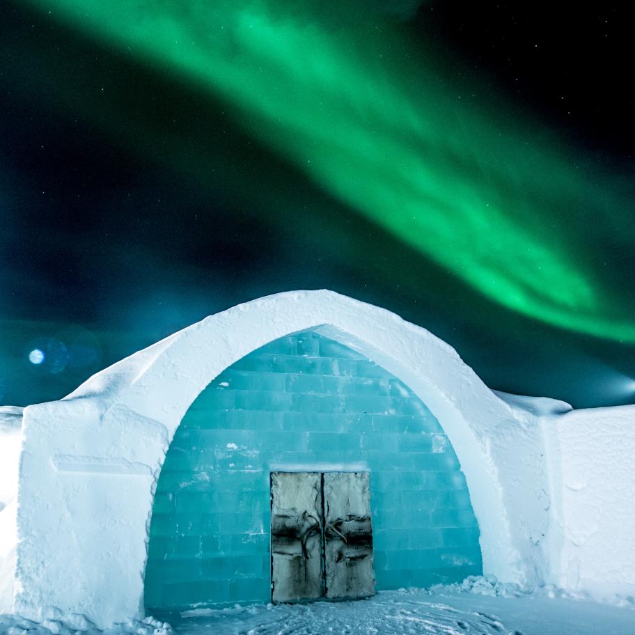 small_icehotel-norhern-lights-asaf-kliger.jpg