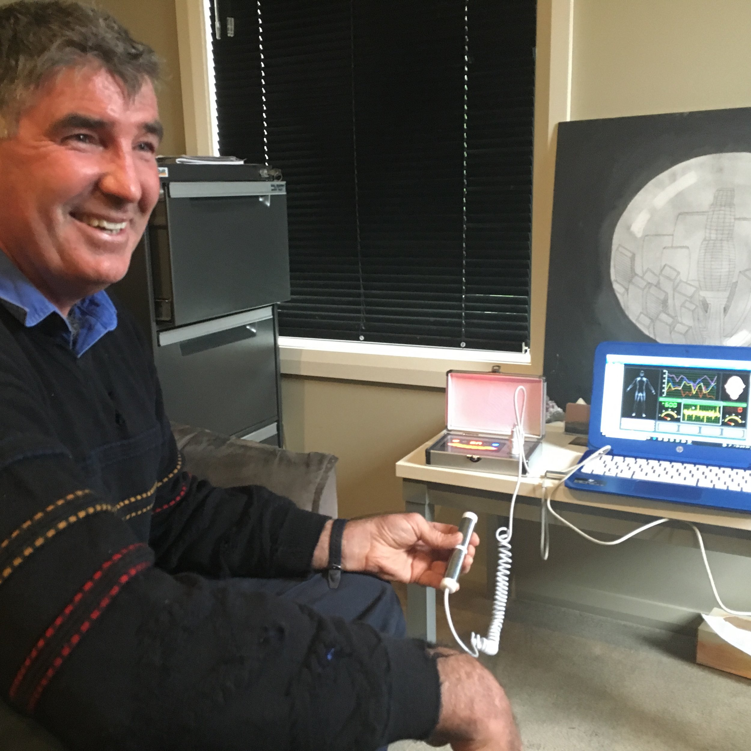 The Cellular Health Scan device at The Healing Room Tamworth