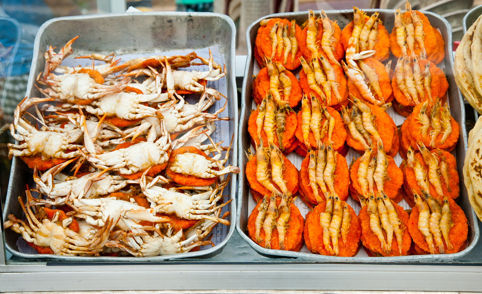 bigstock-Spicy-flat-cakes-with-crabs-an-15954536.jpg