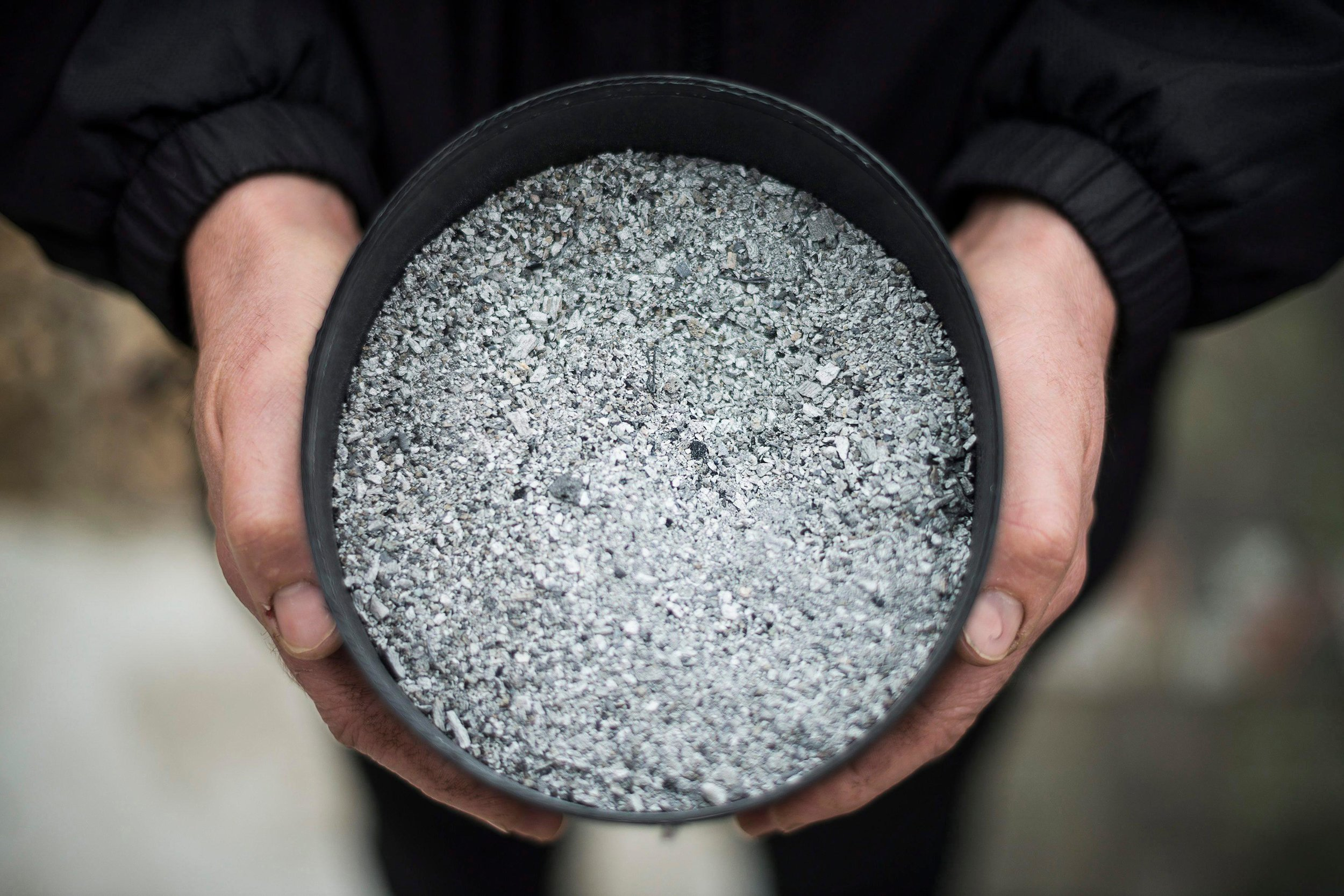 Human ashes that will be turned into a diamond