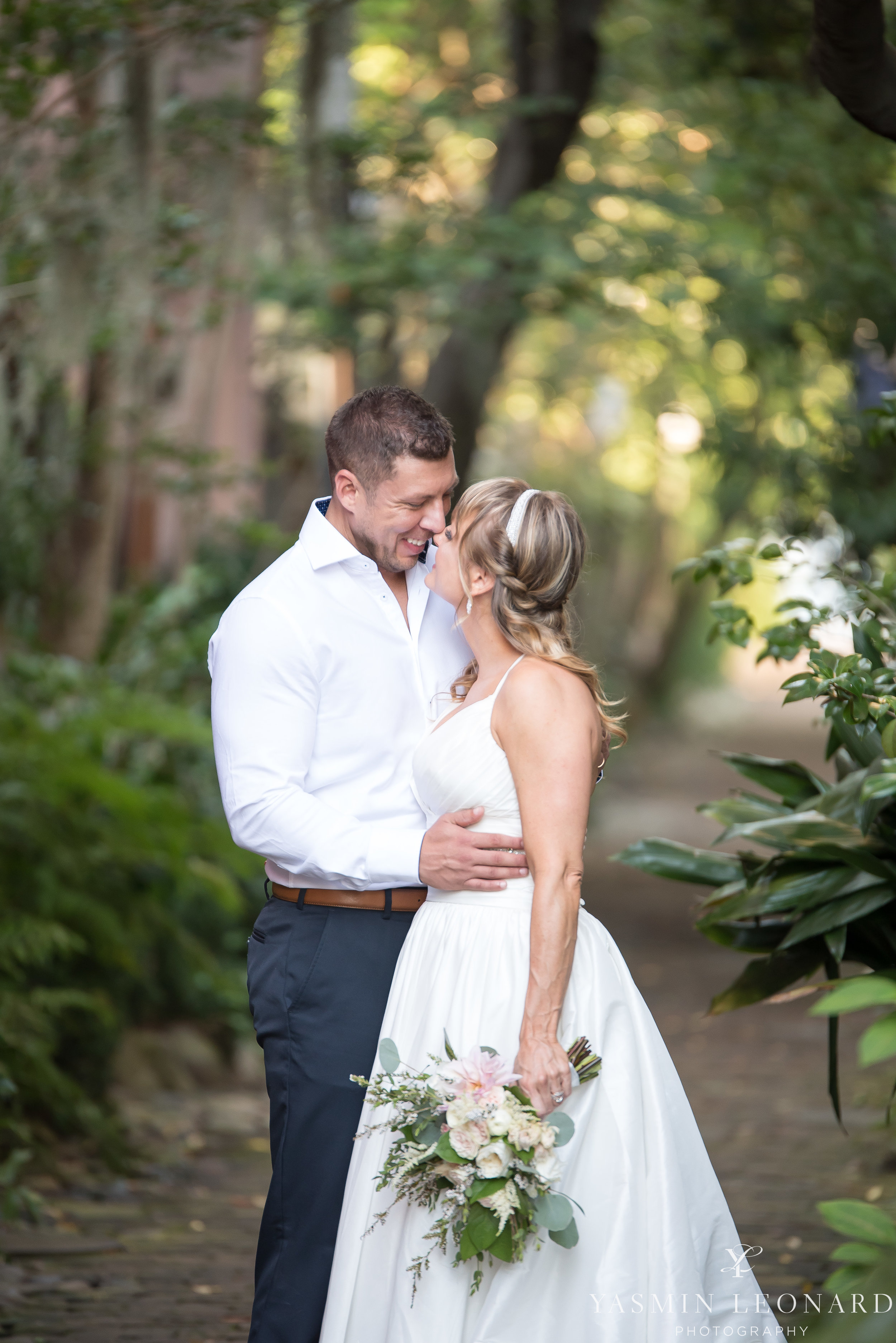 Downtown Charleston Wedding - NC Wedding Photographer -19.jpg