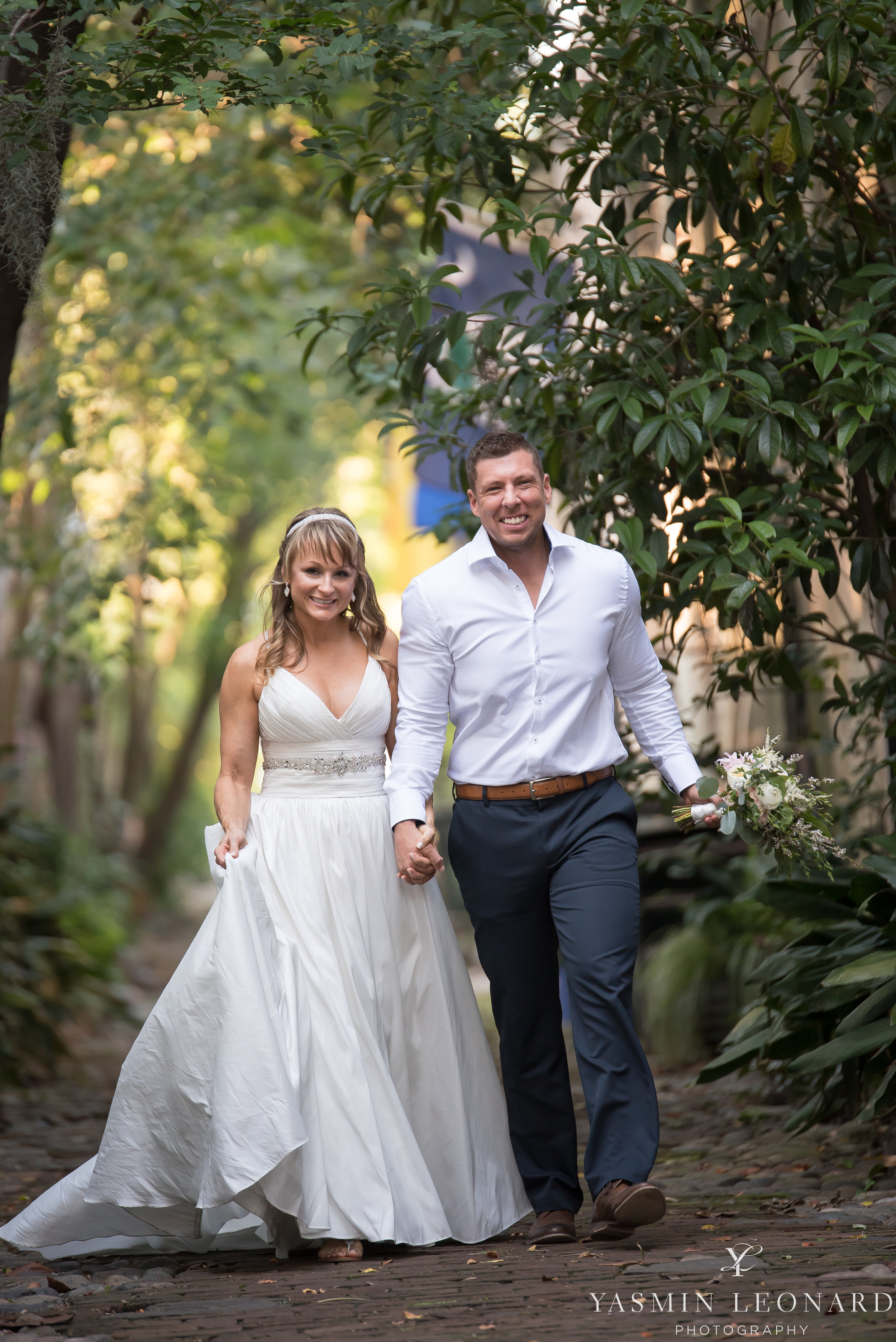Downtown Charleston Wedding - NC Wedding Photographer -24.jpg