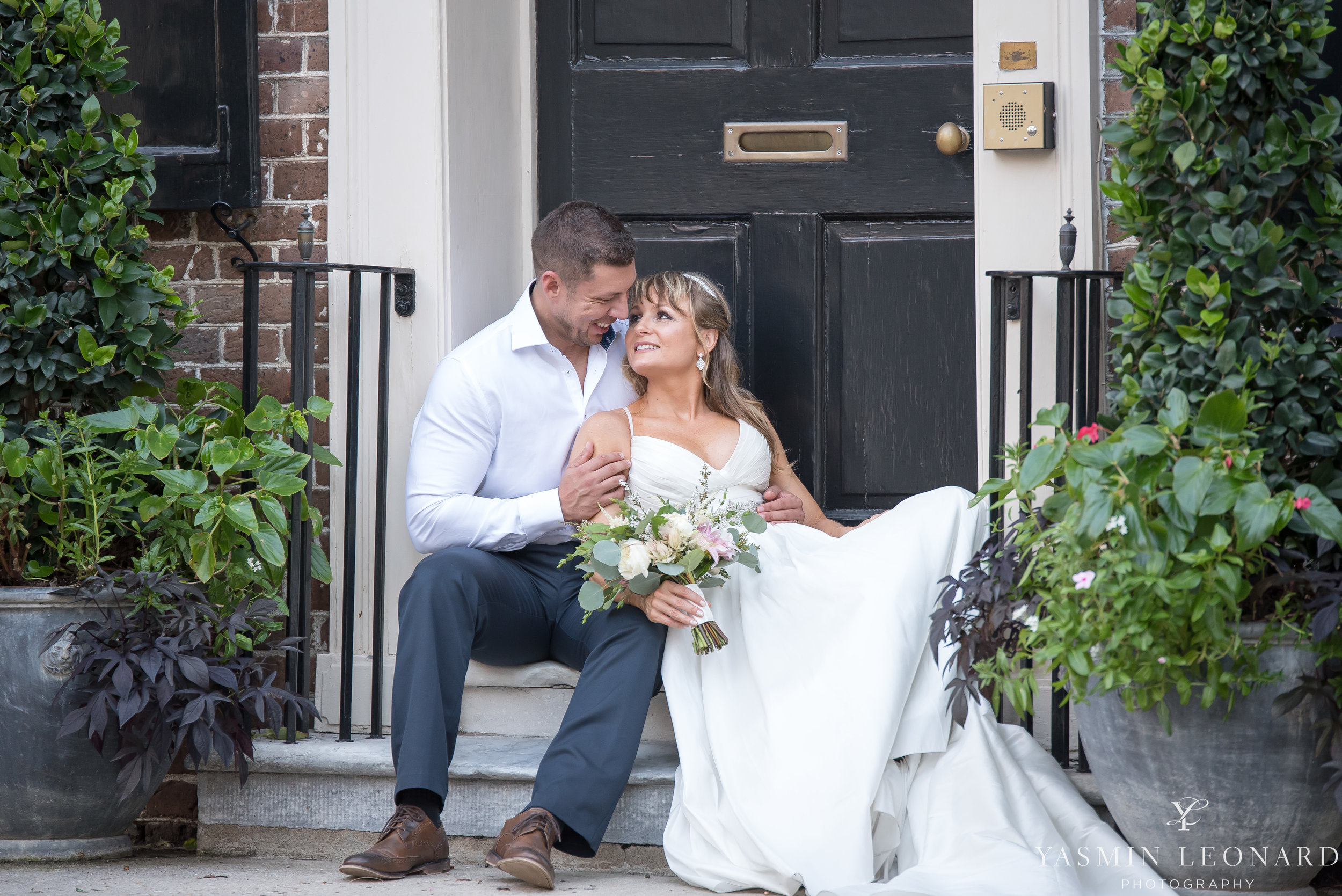 Downtown Charleston Wedding - NC Wedding Photographer -30.jpg