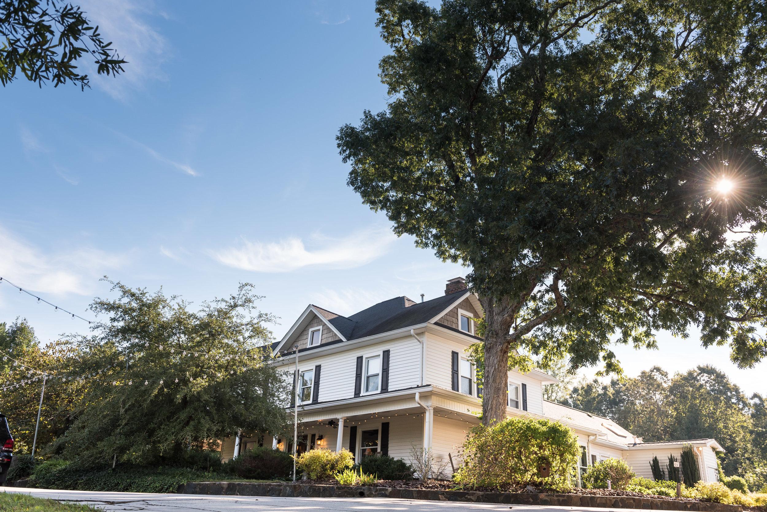 The Groome Inn - Greensboro NC - Best Wedding Venue in Piedmont Triad