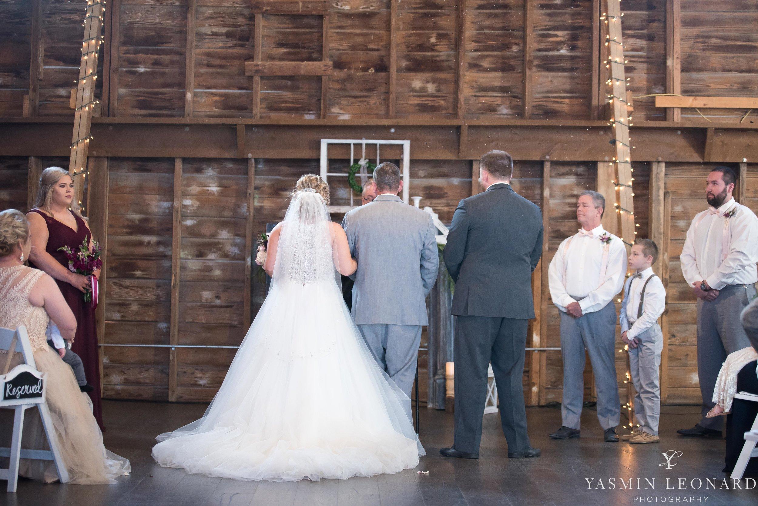Millikan Farms - Millikan Farms Wedding - Sophia NC Wedding - NC Wedding - NC Wedding Photographer - Yasmin Leonard Photography - High Point Photographer - Barn Wedding - Wedding Venues in NC - Triad Wedding Photographer-43.jpg