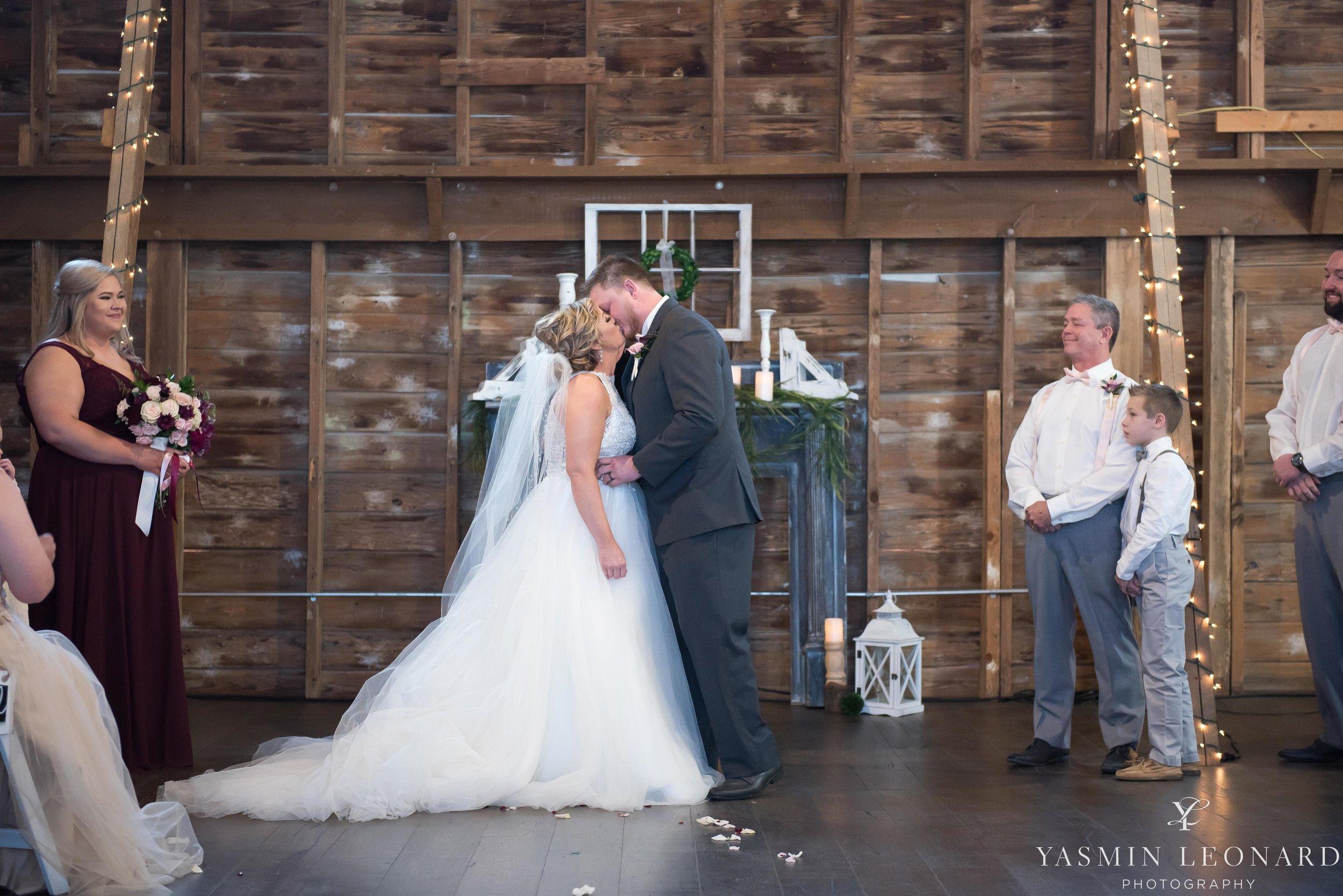 Millikan Farms - Millikan Farms Wedding - Sophia NC Wedding - NC Wedding - NC Wedding Photographer - Yasmin Leonard Photography - High Point Photographer - Barn Wedding - Wedding Venues in NC - Triad Wedding Photographer-50.jpg