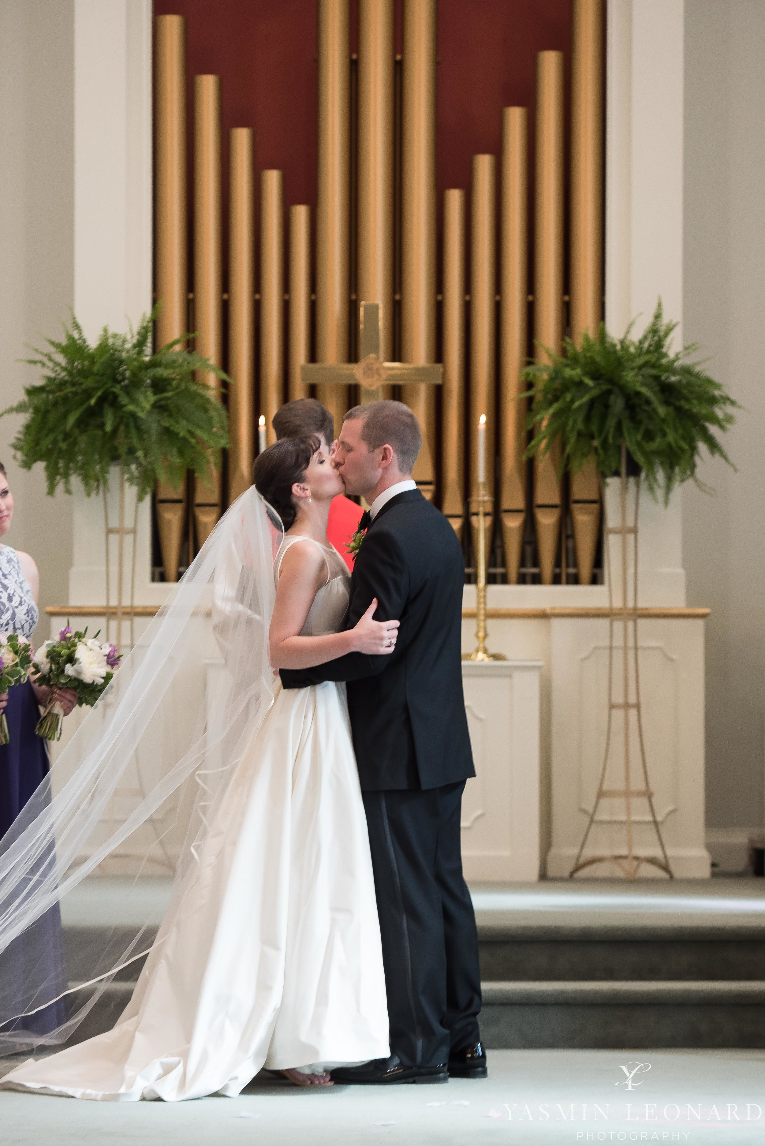 JH ADAMS INN - HIGH POINT UNIVERSITY CHAPEL WEDDING - HPU CHAPEL - HIGH POINT WEDDINGS - NC WEDDING PHOTOGRAPHER - YASMIN LEONARD PHOTOGRAPHY - HIGH POINT NC - HIGH POINT WEDDINGS -33.jpg