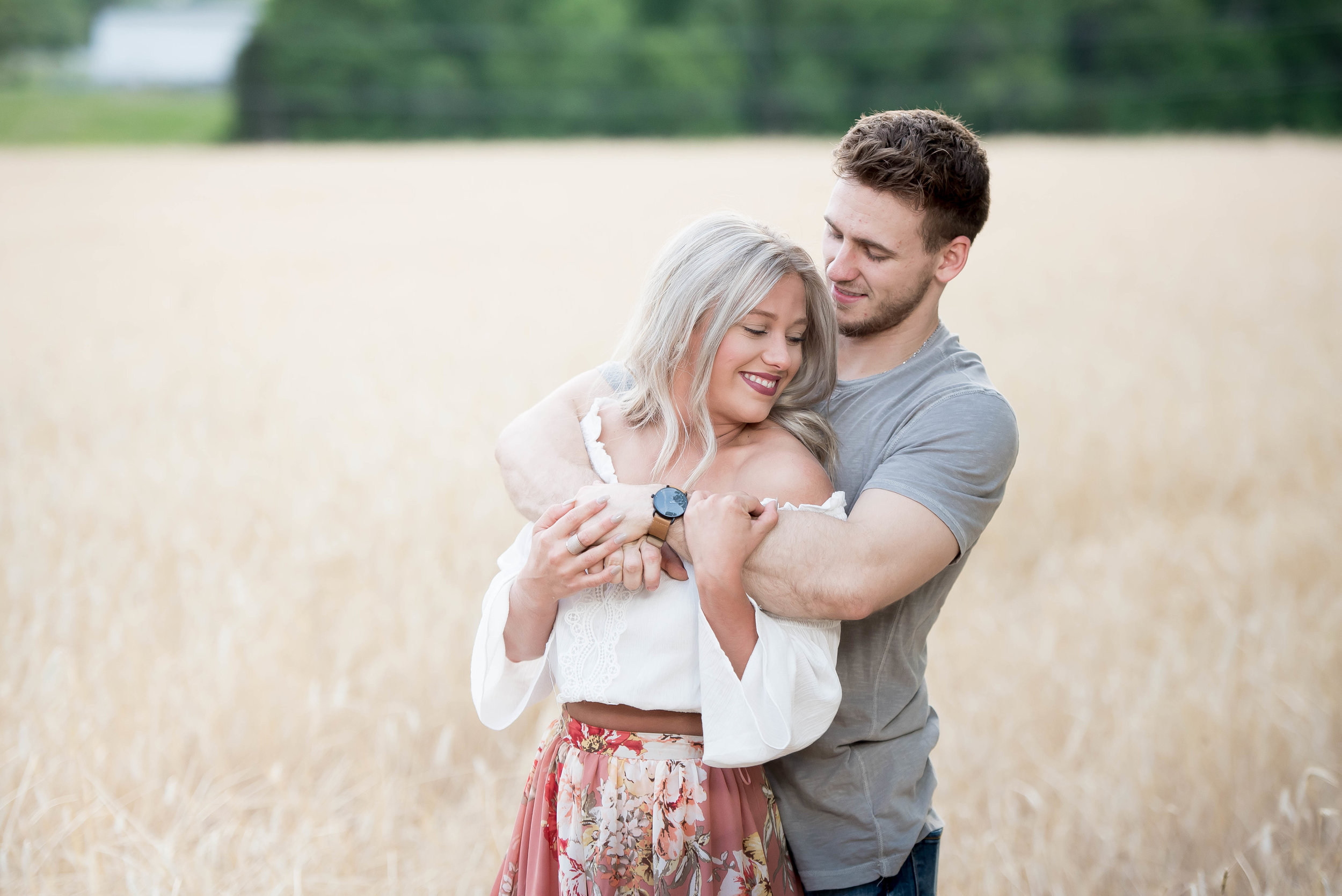 Couple Session - Fitness Couples - Tall Grass Field - Engagement Portrait Ideas - Engagement Session Ideas - Couple Session Ideas - Spring Picture Ideas-16.jpg