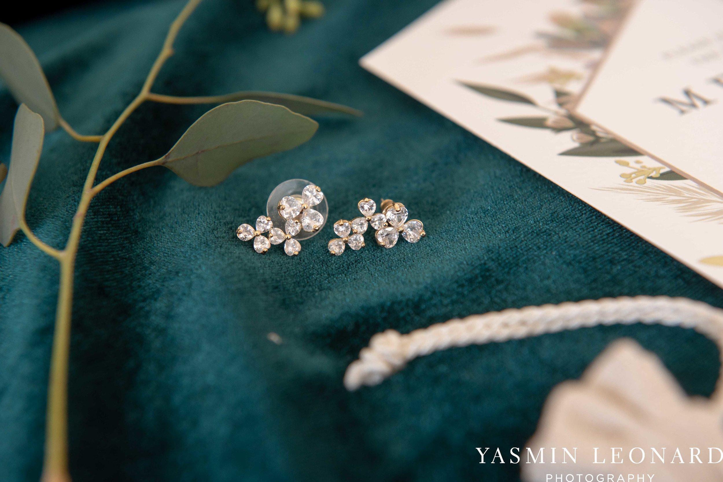 Barn at Reynolda Village - Winston Salem Wedding - White and Green Wedding - NC Wedding - NC Barns - Yasmin Leonard Photography-3.jpg